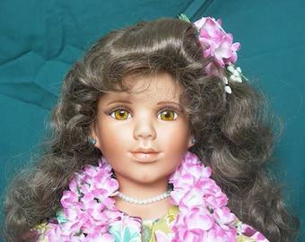 Large porcelain doll (Dominique)