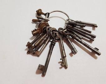 20 Antique Keys of Various Sizes