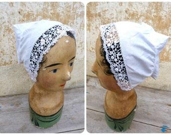 Vintage Antique old French Edwardian 1900 lady's bonnet / Handmade lace & cotton