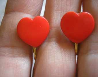 """Play Earring - Clip - Cookie Cutter Heart - Red - 1/2"""""""