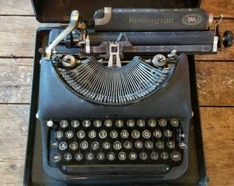 Remington Vintage Typewriter ~ Made in Canada British Empire Product