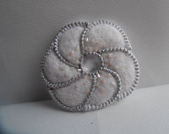 The snow white flower brooch felted wool