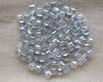 30 Electroplates clear blue faceted glass cube beads transparent 4mm LBP00185B