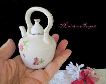 Miniature Teapot * Display Teapot * Doll Party Teapot * JAPAN