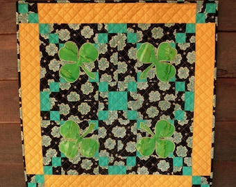 Irish Chain Wall Quilt, Bright Quilted Shamrock St. Patrick's Day Square Table Topper, Irish Pub Man Cave Bar Decor Quilt Wall Hanging