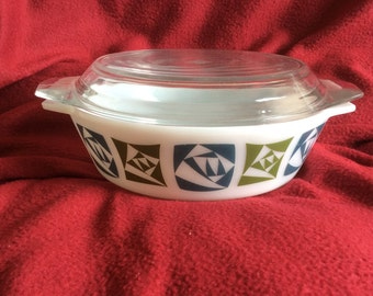 Pyrex JAJ Checkers Casserole Dish with Lid 2 Pint #509