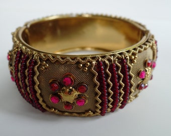Gold Cuff Hinged Bracelet, Hot Pink Rhinestone and Gold Bangel Bracelet, Vintage Jewelry, Fashion Jewelry,
