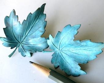 Patina brass leaf clip