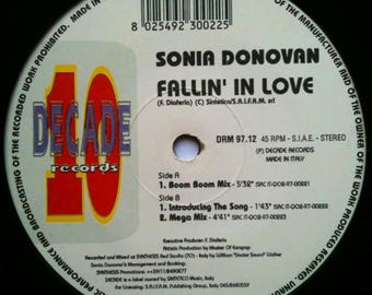 Sonia Donovan----Fallin' In Love--(Made in italy)