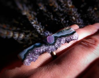 Druzy amethyst ring with grape agate