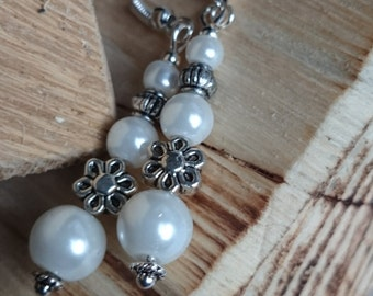 Pearl beads and flower- long dangle earrings #162
