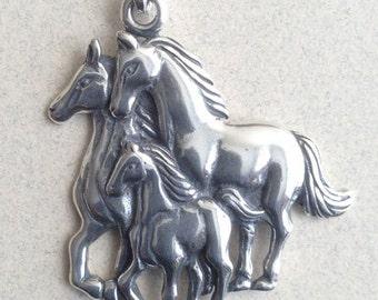 Sterling Silver Multi Horse Pendant P-27