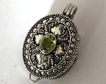 Green Peridot Oval Bali Sterling Silver Locket Pendant Keepsake Chain Necklace PL13