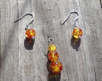 Baltic Amber & Sterling Silver Pendant and Earrings