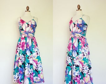 vintage 1970s floral strappy sundress / 70s Opening Night oversized floral print midi sundress / S