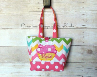 Cupcake Tote Bag/ Cupcake Lunch Bag/ Cupcake Tote Bag/ Personalized tote bag/ Kids tote bag/ Toddler tote bag (matching dress available)