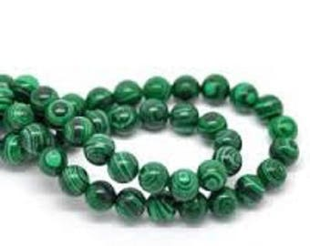 Malachite. Pearl diameter 4 mm. Set of 5