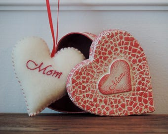 Mother's Day Gift Set Mother's Day Ornament Mom Felt Ornament Mom Trinket Box Gifts for Mom Embroidery Mom Unique Mothers Day Gifts Keepsake