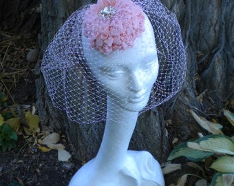 Dahlia rose bibi chapeau fleur de ruban