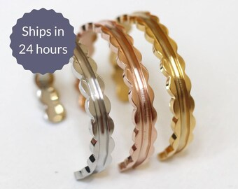 Sweet Scalloped Stainless Steel Stacking Cuff Bangle Bracelets in Silver, Gold, and Rose Gold Set