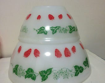 Small 15cm Agee strawberries bowl