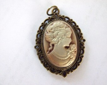 Cameo  Pendant Antique Brass look  with brass chain