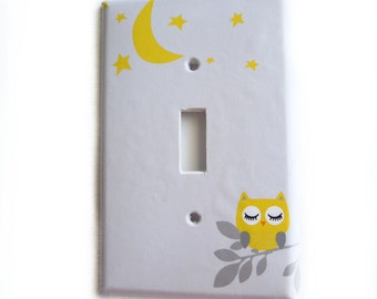 Owl Switchplate Cover - Owl love you to the moon and back  - Other colors - Light switch double - rocker cover -Custom Colors