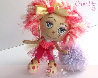 Claudia Crumble, Cute clown, collectable cloth art doll