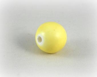 Ceramic pearl 14 mm : yellow