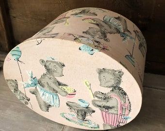 Adorable Vintage Wallpaper Box - The Three Bears
