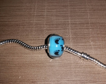 (Charms) - foot print - baby blue and black European bead