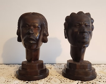 Beautiful carved ebony busts couple. Origin Madagascar 1970.