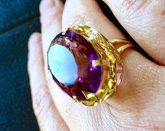 20.48Ct Natural Amethyst And Diamond 18k gold Vintage Ring February birthstone