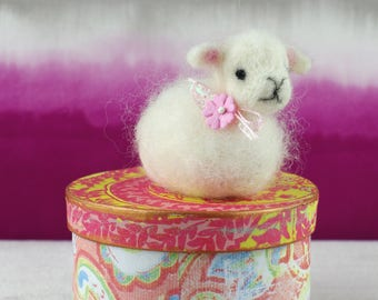 Needle felted small lamb.