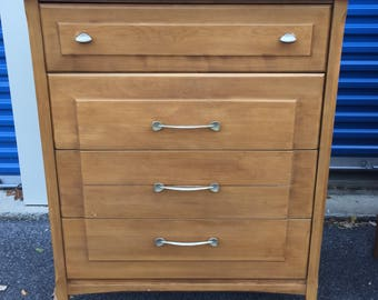 Mid century Heywood Wakefield Topaz dresser chest of drawers