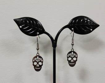 Skulls steel earrings