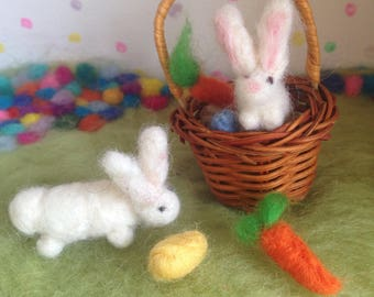 Easter Basket Rabbit Bunny Carrot Egg Waldorf Handmade Needle felted Miniature toy craft Mini Spring wool for the home nature table gift