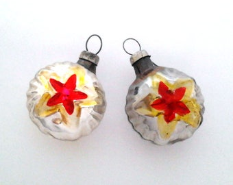 Set of 2 baubles with star, vintage soviet glass Christmas tree decoration, Xmas ornaments, made in USSR, 1950s