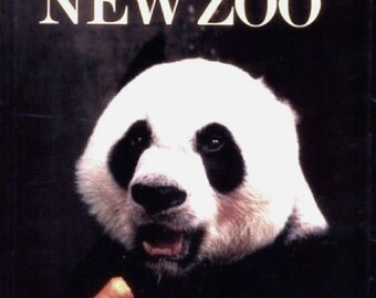 SMITHSONIAN'S ZOO BOOK (Paperback)