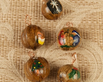 Lot of Hand Crafted Christmas Ornaments bjs
