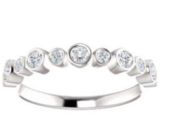 Diamond Wedding Band, Diamond Bezel Wedding Band, Diamond Bezel Ring, Diamond Bubble Ring, Bubble Ring, Bubble Wedding Band