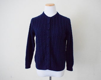FREE usa SHIPPING Vintage ladies cable knit blue cardigan/ granny sweater/ button up/ preppy/ hipster/ nerd/ geek/ acryli/ size L