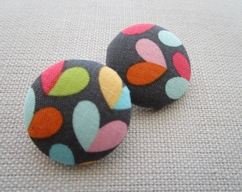 Pretty Hearts Shank Button 29mm