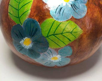 Painted gourd.Decorative gourd,Gourd bowl.Gourd art.Blue flowers.home design,Hand painted,Home decor,Handmade,bowl