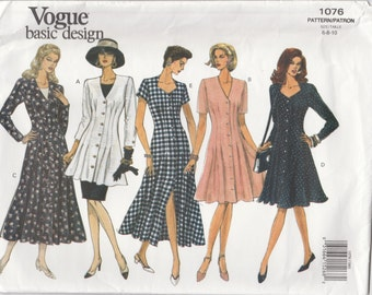 Dress Pattern Flared Fitted at Waist Very Easy Pattern Misses Size 6 - 8 - 10 Uncut Vogue 1076