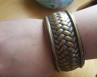 Brass wheat weave bangle