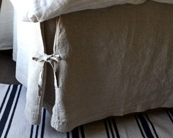 Box Pleated Linen Bedskirt With Ties. Dust ruffle. Valance. Full / Double, Queen and King sizes