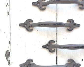 Drawer Pulls, Drawer Knobs, Kitchen Decor, Antique Style Drawer Pulls, Knobs and Pulls, Drawer Pull Handles, Kitchen Knobs, Kitchen Decor