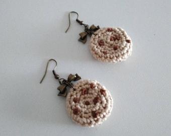 Earrings with crochet Cookies