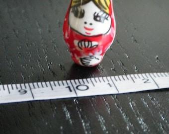 Russian doll ceramic bead / matryoshka Red 1 x 20 mm * 10 mm